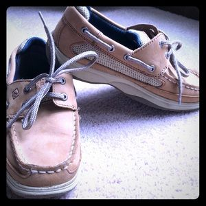 Boys tan sperry top-sider size 2m